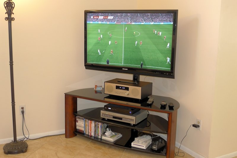 "Large 50"" TV with live soccer and premium On-Demand cable"