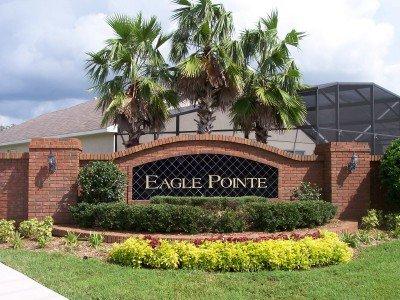 Entrance to Eagle Pointe